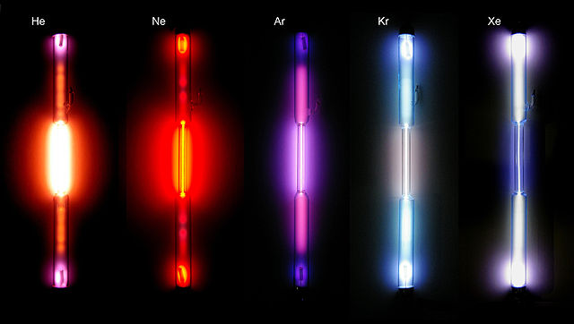 Noble gas discharge tubes