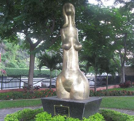 Venus Valdivia - Parque Lineal del Salado - Guayaquil